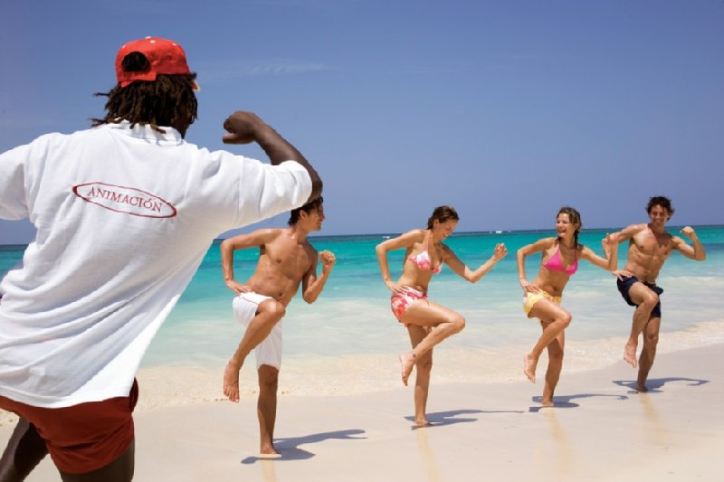 Riu Negril - Club Staff <br/>Image from Leonardo