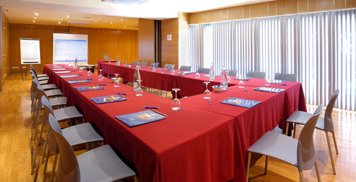 Evenia Rossello-JPEGMeeting Room UEn Baixa EVENIA<br/>Image from Leonardo