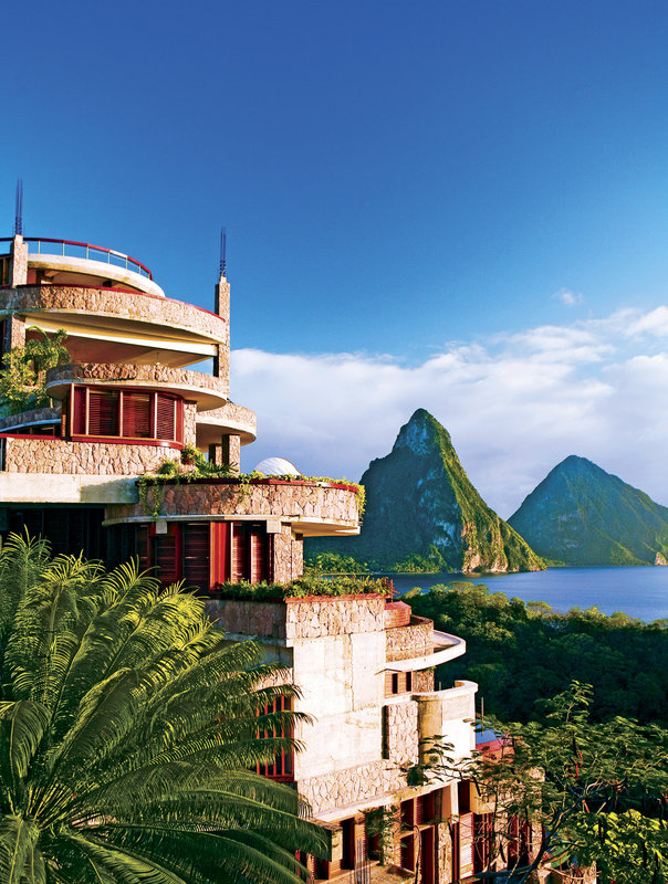 Jade Mountain-Exterior view<br/>Image from Leonardo