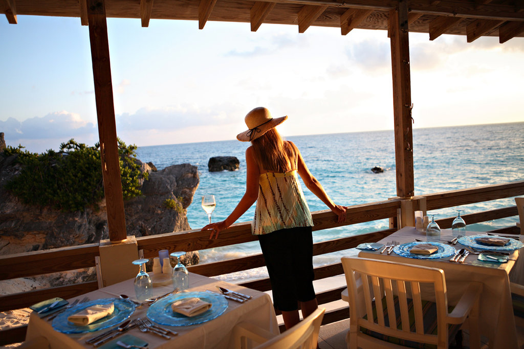 The Reefs-Coconuts Restaurant<br/>Image from Leonardo