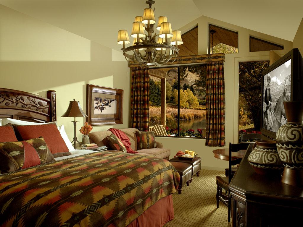 The Wort Hotel-Superior Creekside Cabin<br/>Image from Leonardo