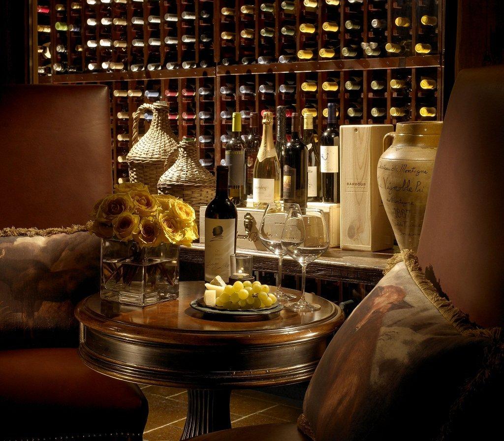 The Wort Hotel-Rustic Inn's casual fireside lobby lounge & bar<br/>Image from Leonardo