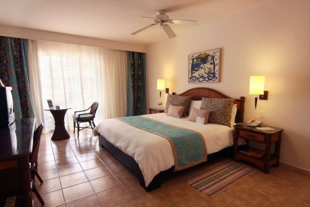 Gran Ventana Beach Resort-Superior Room<br/>Image from Leonardo