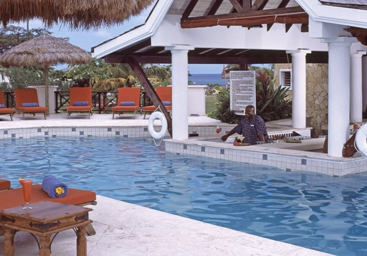 Coyaba Beach Beach Resort-Swim-up Pool Bar<br/>Image from Leonardo