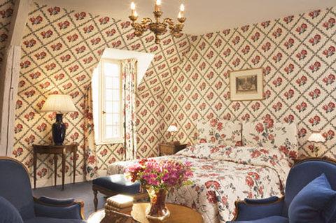 Chateau D'Artigny-Junior Suite in Fragrance House<br/>Image from Leonardo
