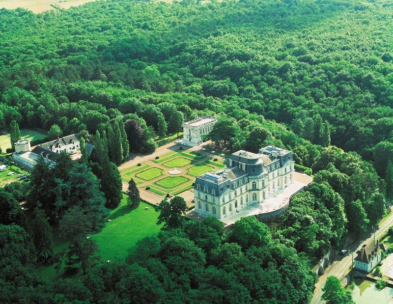 Chateau D'Artigny-Exterior View<br/>Image from Leonardo