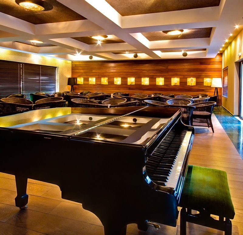 Be Live Collection Punta Cana   - Adults Only - Piano Bar <br/>Image from Leonardo