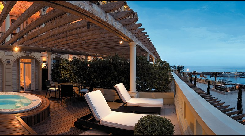 Hermitage Monte Carlo-Diamond Suite - Sea View With Jacuzzi<br/>Image from Leonardo