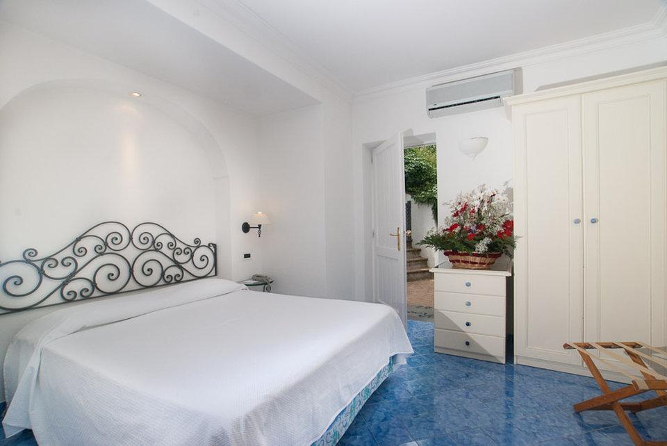 Relais Maresca-Guest Room<br/>Image from Leonardo