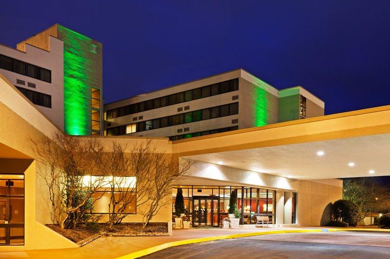 Holiday Inn Johnson City-Entrance<br/>Image from Leonardo