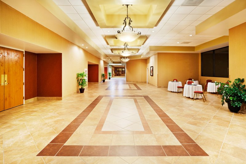 Holiday Inn Johnson City-Pre-function Area<br/>Image from Leonardo