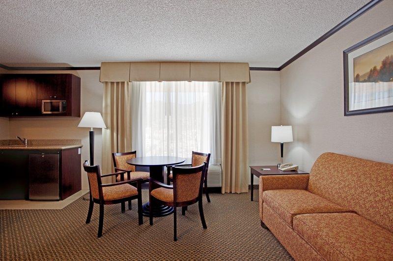 Holiday Inn Burbank - Media Center-Suite-living room/dining area Burbank Hotel<br/>Image from Leonardo