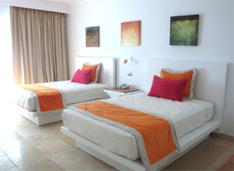 Be Live Experience Hamaca-Suite-Superior Room With Bed<br/>Image from Leonardo