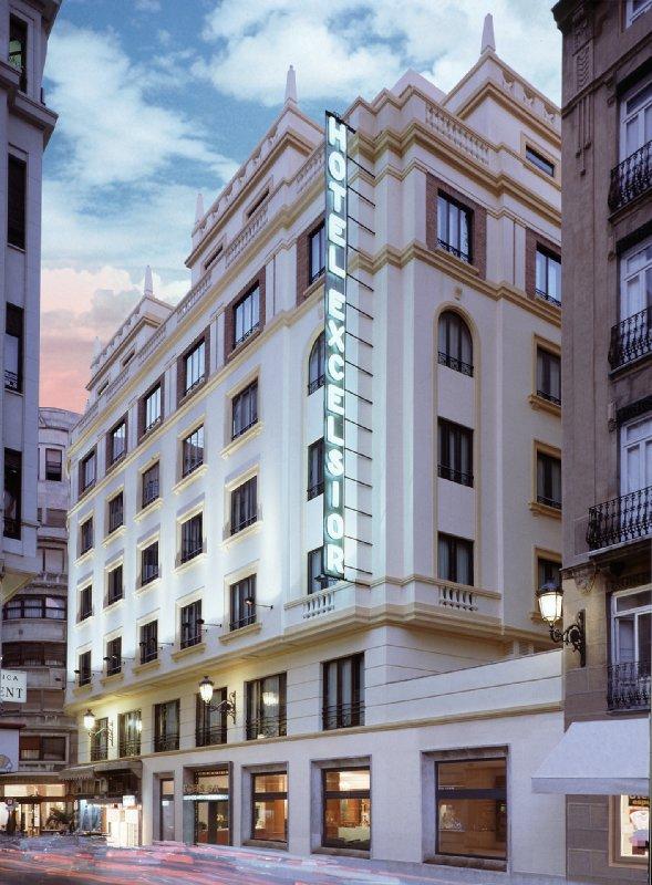 Catalonia Excelsior-Exterior<br/>Image from Leonardo