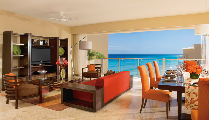 Now Jade Riviera Cancun - Preferred Governor Suite Living Room <br/>Image from Leonardo
