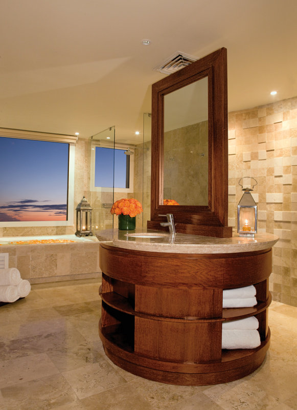 Now Jade Riviera Cancun - Preferred Governor Suite Bathroom <br/>Image from Leonardo