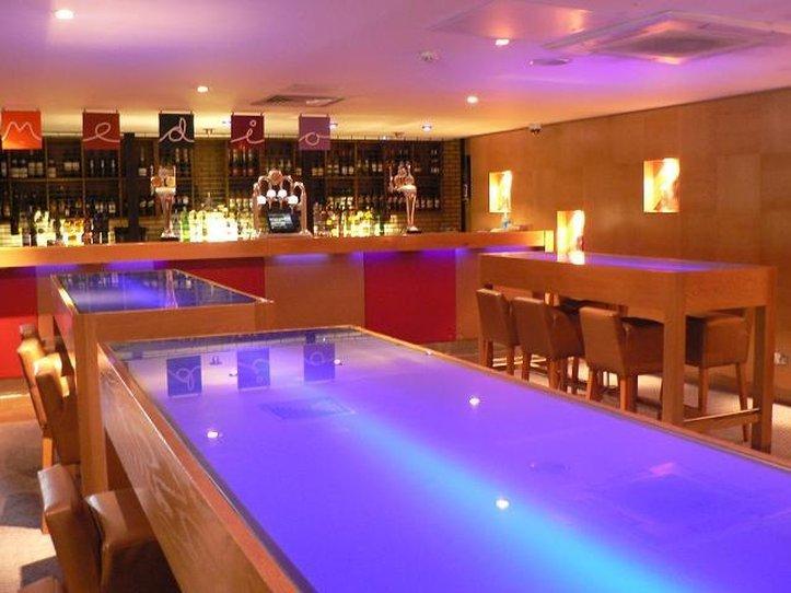 Jurys Inn Oxford-Bar<br/>Image from Leonardo