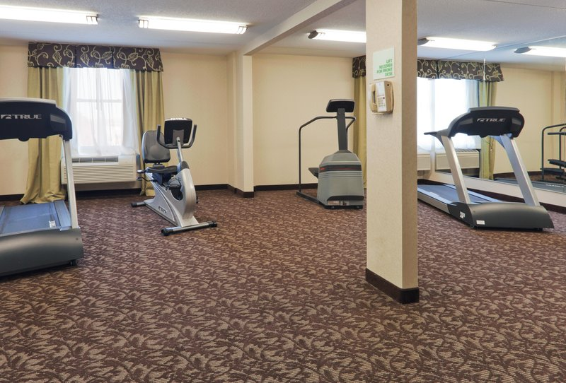 Holiday Inn Hotel & Suites Mansfield-Conference Ctr-Fitness Center<br/>Image from Leonardo