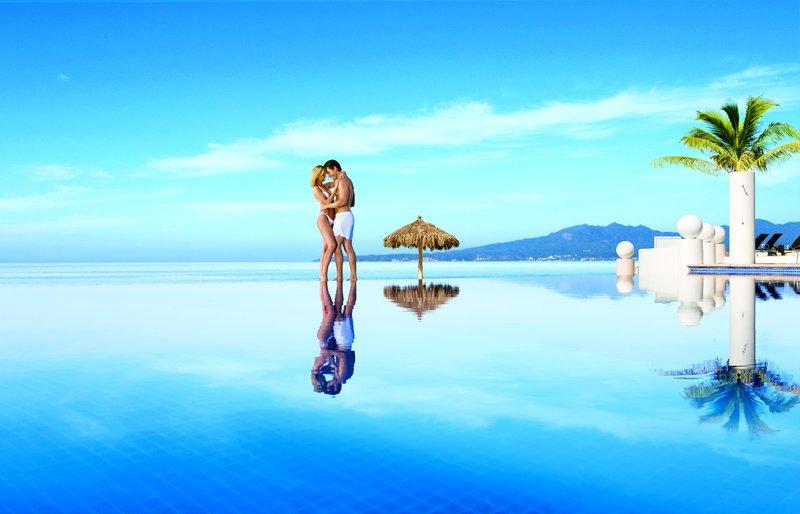 Dreams Villamagna Nuevo Vallarta-DREVMInfinity Pool A<br/>Image from Leonardo