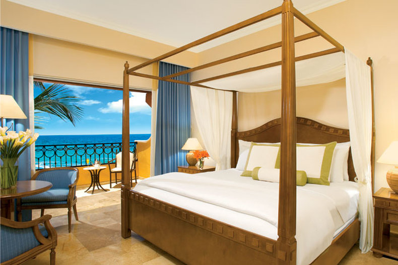Secrets Capri Riviera Cancun - Deluxe Ocean View Room <br/>Image from Leonardo