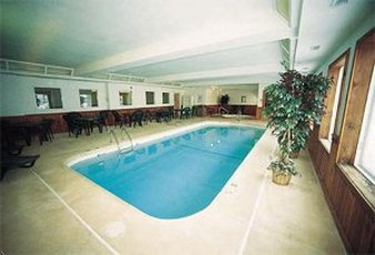Gray Wolf Inn at West Yellow-Indoor Heated Pool& Hot Tub<br/>Image from Leonardo