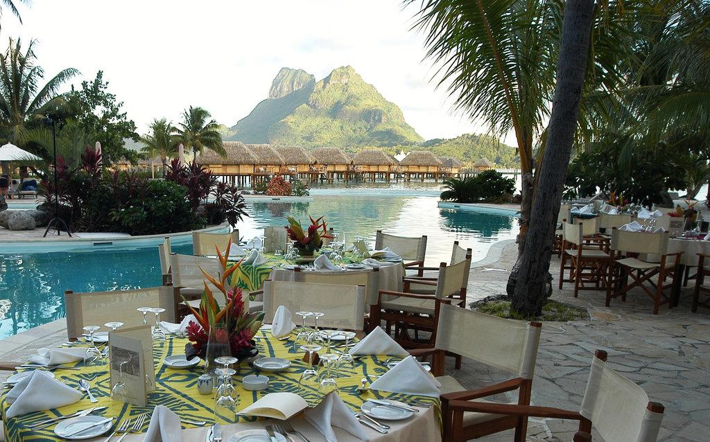 Bora Bora Pearl Beach Resort-Miki Miki Restaurant<br/>Image from Leonardo