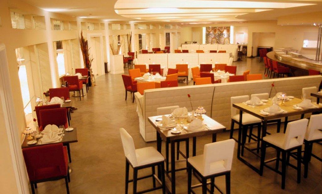 Pueblo Bonito Emerald Bay Resort & Spa-PBEmerald Bay Bistro Restaurant<br/>Image from Leonardo