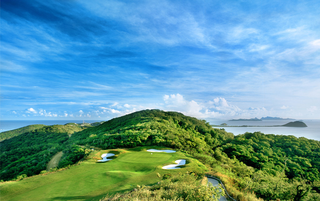 Young  Island  Resort-Golf<br/>Image from Leonardo