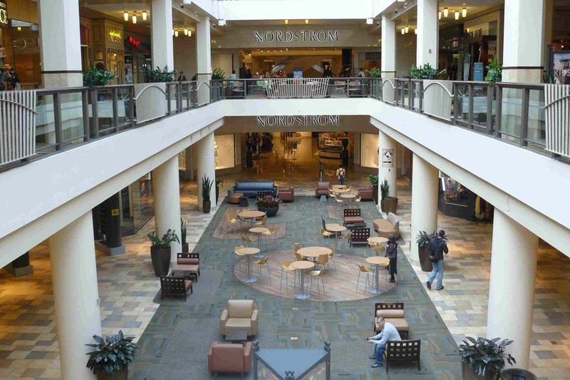 Crowne Plaza Portland-Downtown Conv Ctr-Lloyd Center Mall: Crowne Plaza Portland Downtown<br/>Image from Leonardo