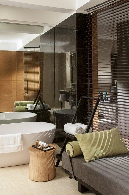Live Aqua Urban Resort Mexico-Executive Suite Bathroom<br/>Image from Leonardo