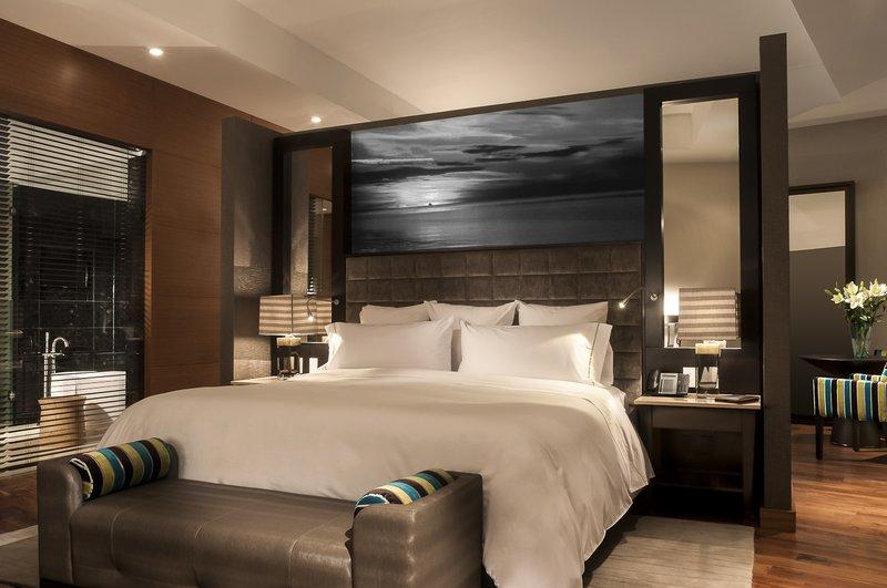Live Aqua Urban Resort Mexico-Executive Suite, 1 King<br/>Image from Leonardo