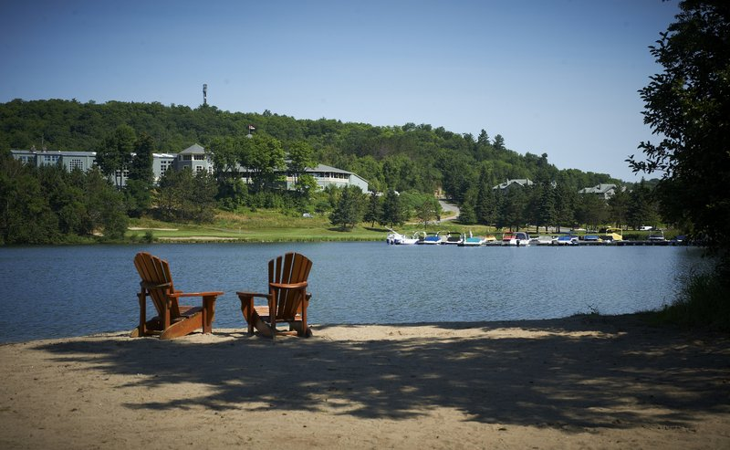 Deerhurst Resort-View from Sunset Bay<br/>Image from Leonardo
