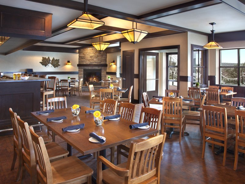 Deerhurst Resort-Maple Pub & Patio<br/>Image from Leonardo