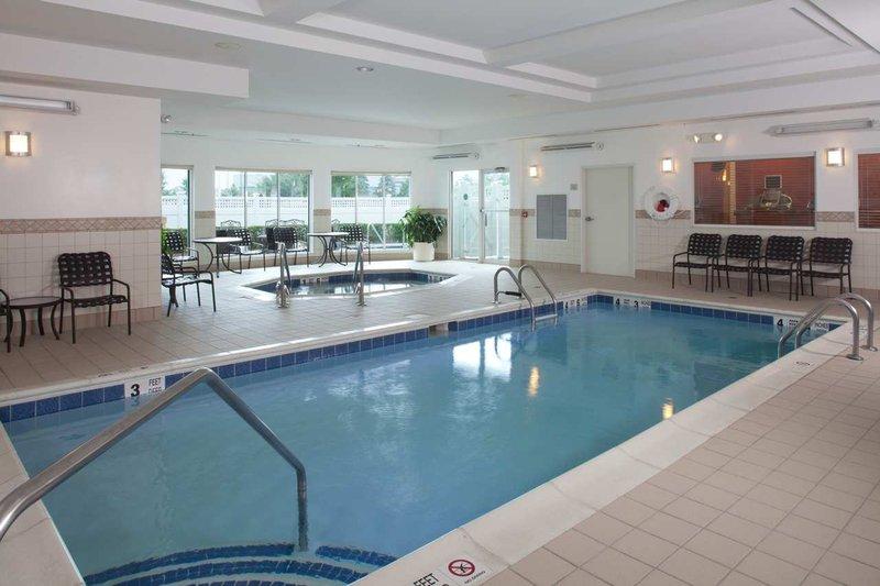Hilton Garden Inn Riverhead-Indoor Pool & Whirlpool<br/>Image from Leonardo