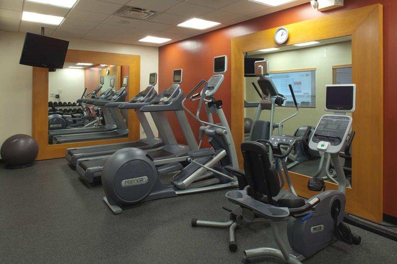 Hilton Garden Inn Riverhead-Fitness Center<br/>Image from Leonardo