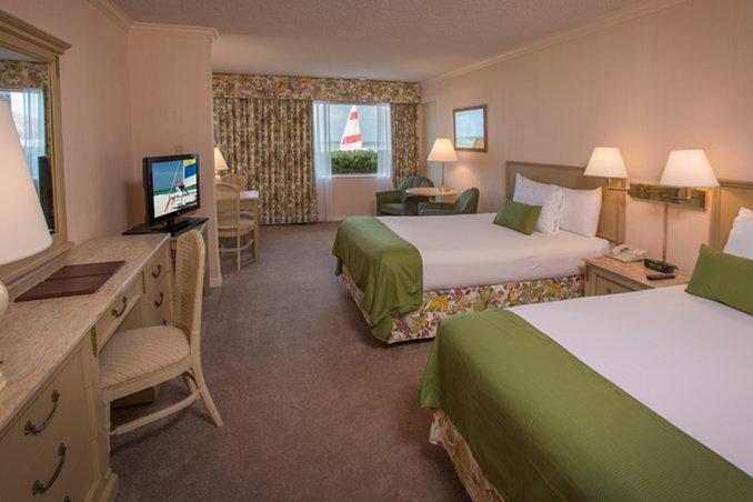 Sandcastle Resort at Lido Beach-Gulf Front Room<br/>Image from Leonardo