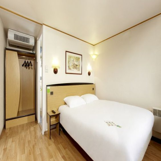 Mercure Lille Roubaix Grand Hotel Hotel-Double Room<br/>Image from Leonardo