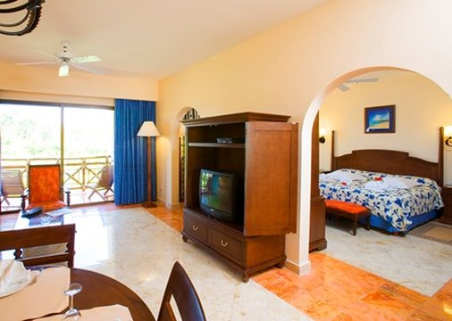 Occidental At Xcaret Destination - Royal Club Junior Suite <br/>Image from Leonardo