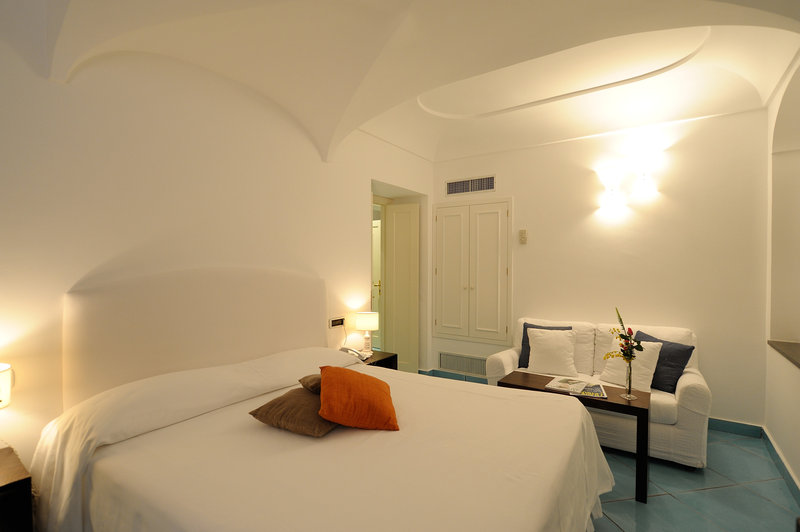 Santa Caterina Hotel-Classic Room<br/>Image from Leonardo