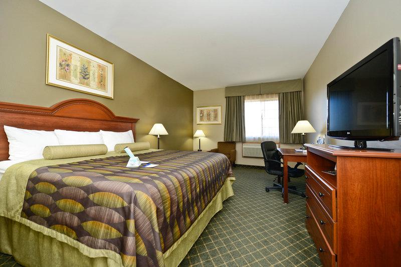 Best Western Plus Tulsa Inn  Suites-King Guest Room<br/>Image from Leonardo