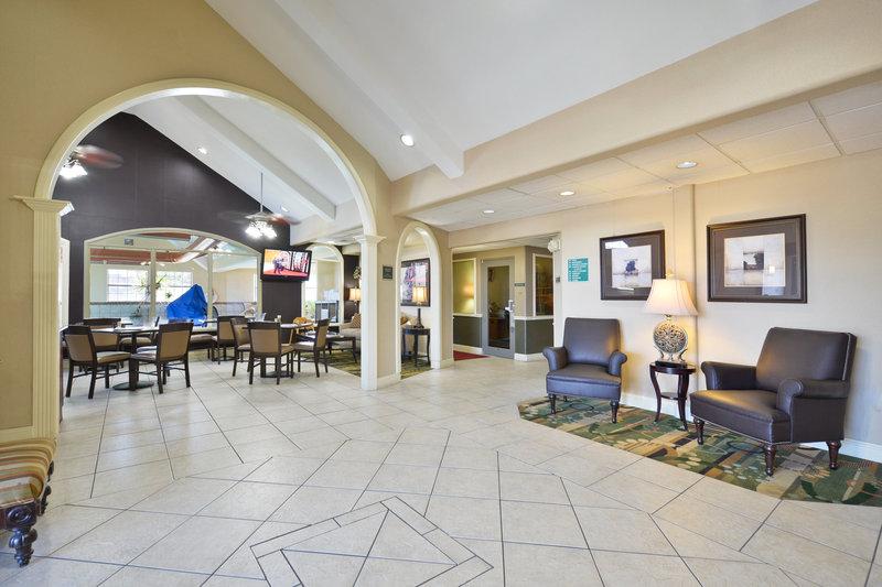 Best Western Plus Tulsa Inn  Suites-Lobby and Breakfast Area<br/>Image from Leonardo