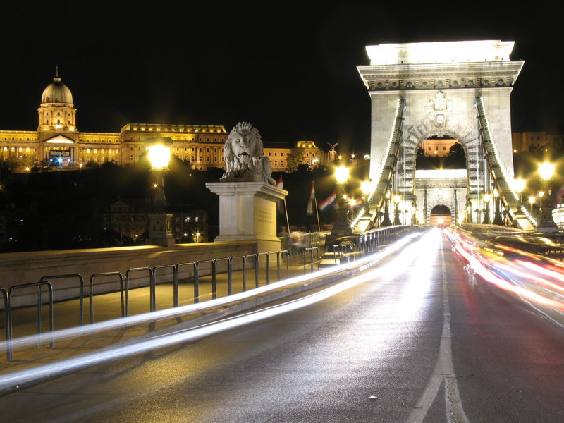 City Hotel Pilvax-Chain Bridge - 1,3 km from the hotel<br/>Image from Leonardo