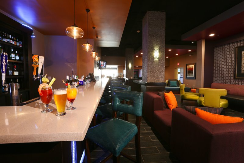 Crowne Plaza Oklahoma City-Lounge<br/>Image from Leonardo