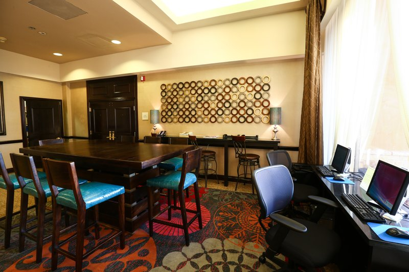 Crowne Plaza Oklahoma City-Business Center<br/>Image from Leonardo