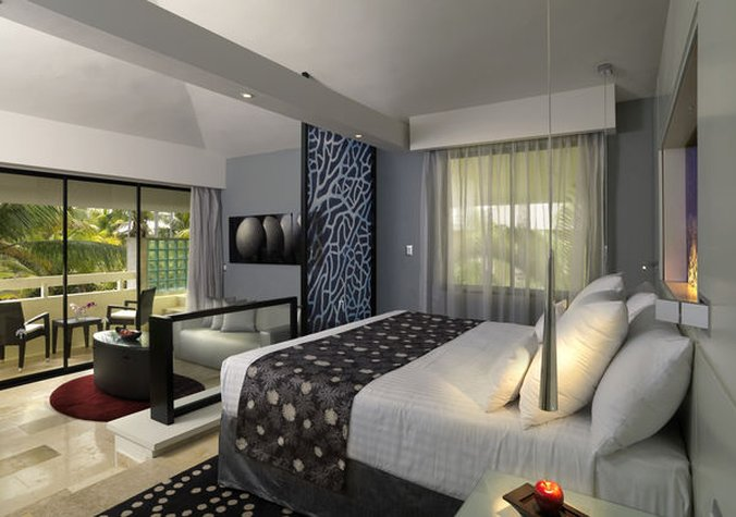 Punta Cana Princess All Suite - Normal PPunta Cana Jr Suite Royal Service Room Whi <br/>Image from Leonardo