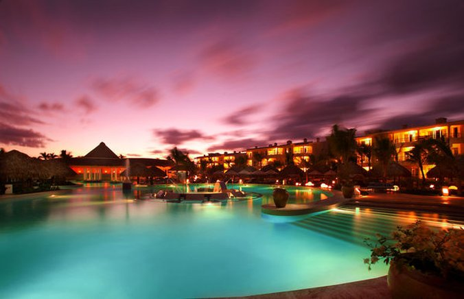 Punta Cana Princess All Suite - Normal PPunta Cana The Reserve Pool <br/>Image from Leonardo