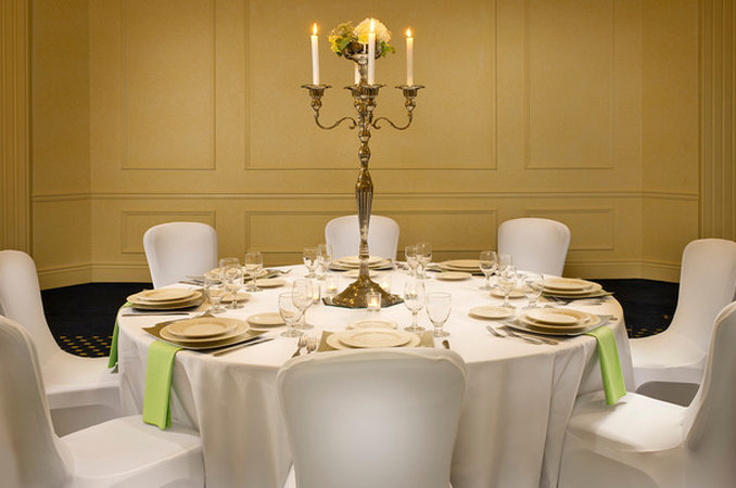 Crowne Plaza Portland-Downtown Conv Ctr-Crowne Plaza Portland: Banquet Table Setting with<br/>Image from Leonardo