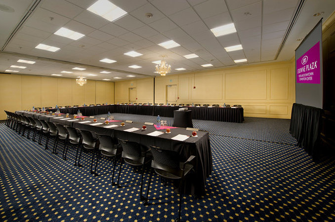 Crowne Plaza Portland-Downtown Conv Ctr-Crowne Plaza Portland: Windsor Ballroom Sections B<br/>Image from Leonardo