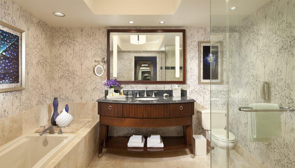 Bellagio - Resort Room Bathroom <br/>Image from Leonardo
