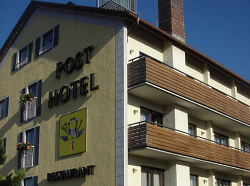 Mercure Hotel Wuerzburg am Mainufer-Exterior<br/>Image from Leonardo